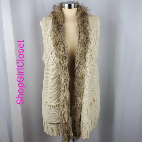 🆕️Style&Co Knit Long Vest w/Faux Fur